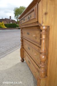 antique old pine chest of drawers (Code: W3652) four drawers, columns - quality chest of drawers