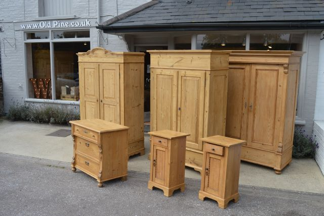 antique pine furniture ... - WWW.OLDPINE.CO.UK ~ Suppliers Of All Types Of Old, Antique, Hand